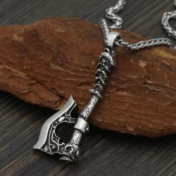 Collier Hache Raid Viking